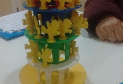 """En """"Entrena tu mente"""", jugamos con la torre de la risa, por Ana González Somoza"""