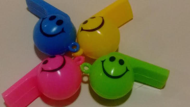 Toca amarillo, toca verde, toca azul … por Ana González Somoza