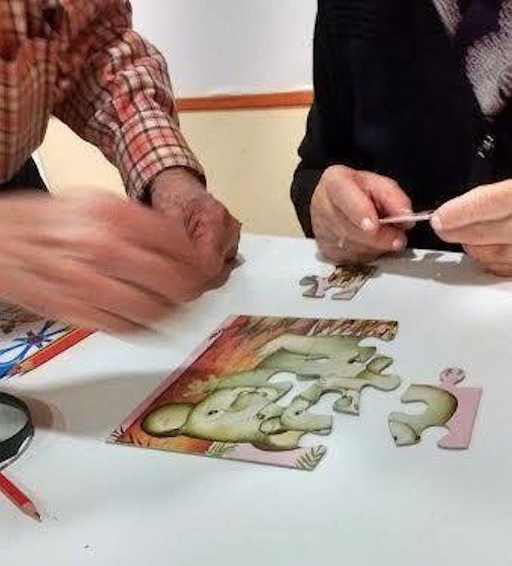 ¡Montar un puzzle por primera vez en la vida!