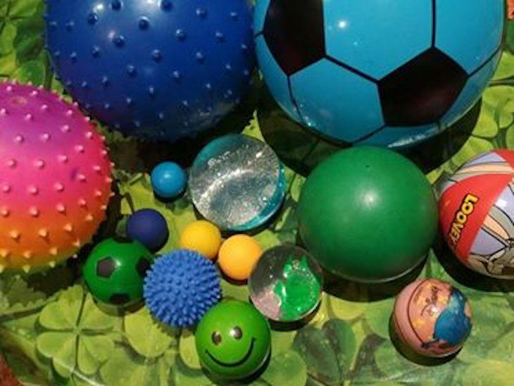 """Ideas """"Mentes Activas"""" 4: balón papelera"""